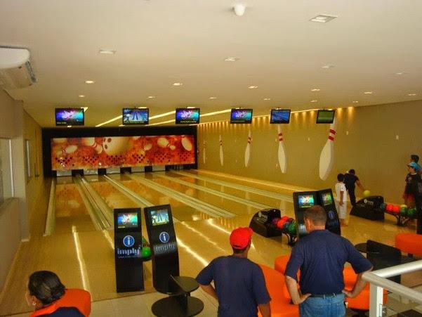 Strike Bowl inaugura com 6 pistas Imply®