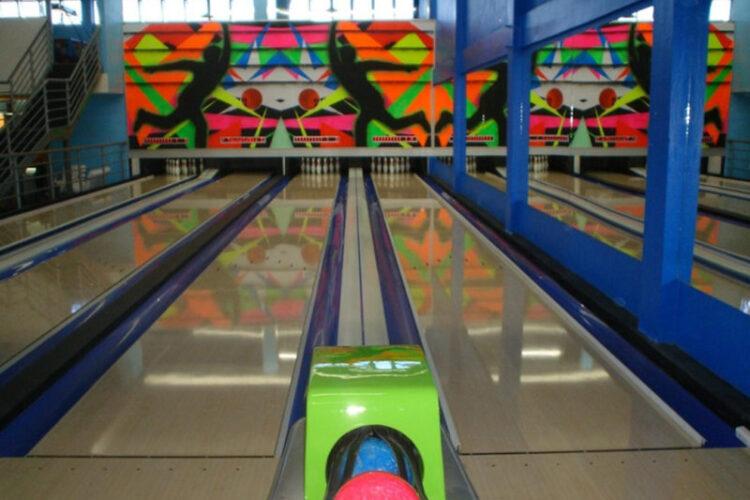 Spiel Bowling Bar