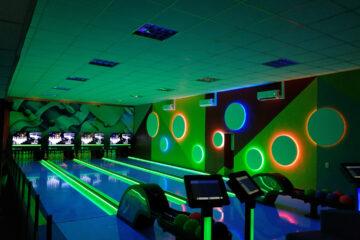 Desert Palace Hotel & Casino Resort inaugura pistas Green Bowling®
