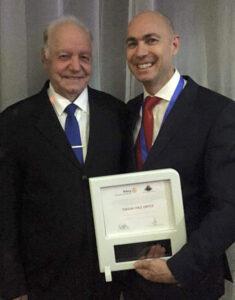 PDG dImply reçoit un prix du Club Rotary