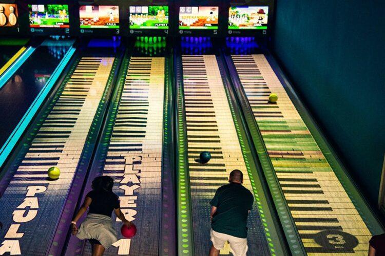 Nouveau Bowling Interactif! Imply® Group présente l'incroyable Evolution Bowling Show