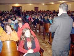 Imply® présent Atelier aux étudiants d`Ecole secondaire